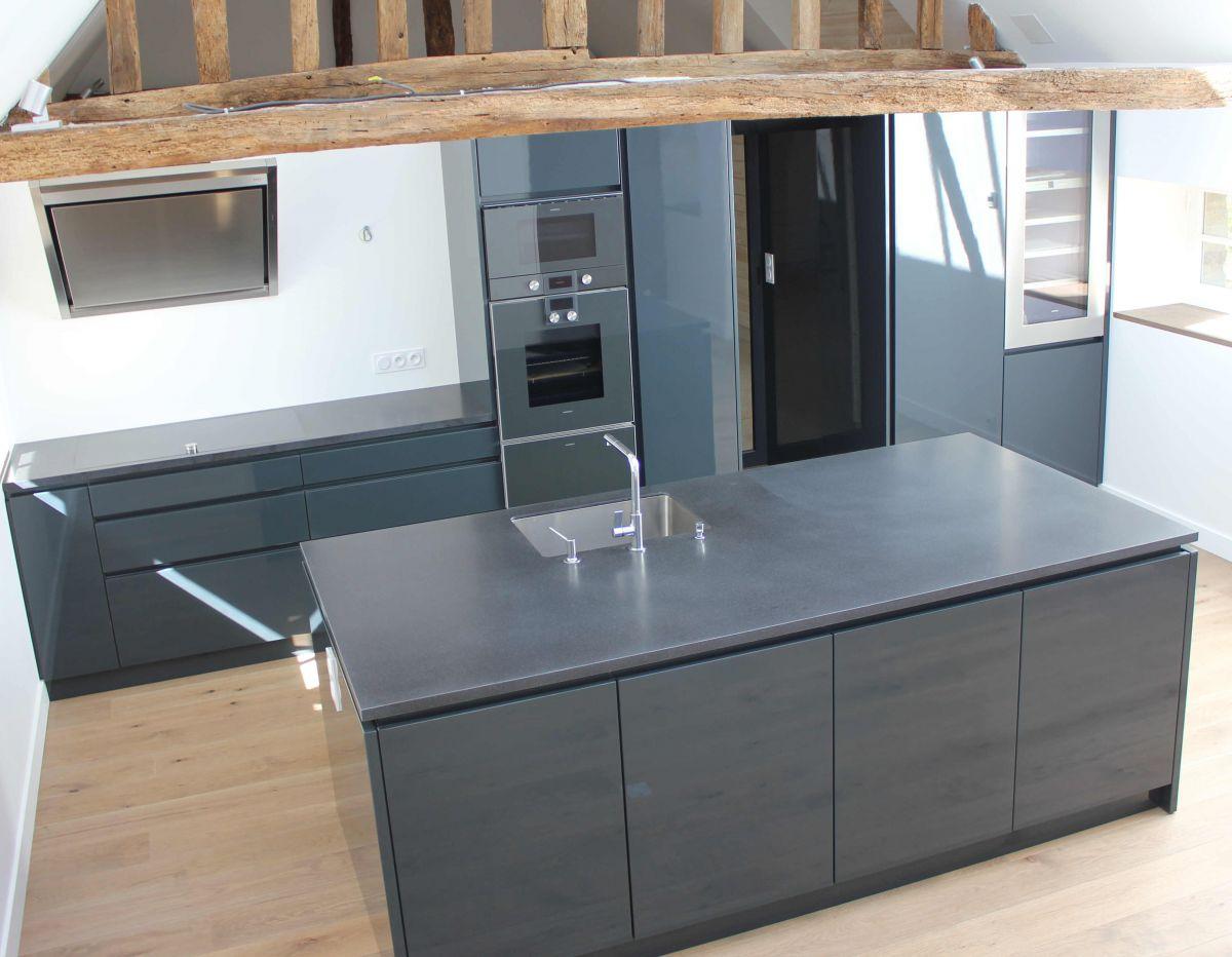 cuisine avec retour fo11 jornalagora. Black Bedroom Furniture Sets. Home Design Ideas
