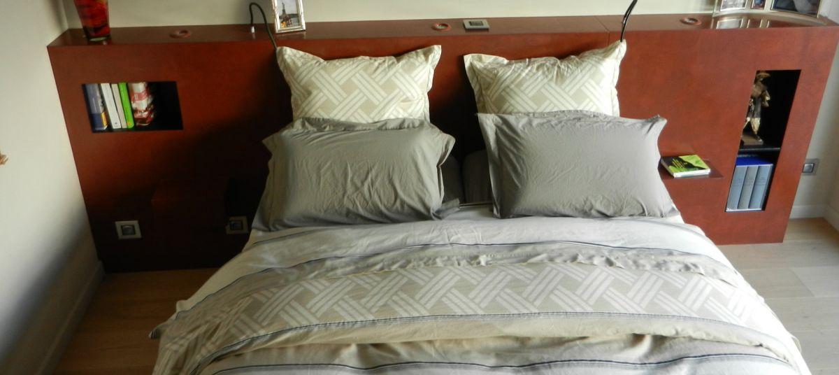 tete de lit parquet photos de conception de maison. Black Bedroom Furniture Sets. Home Design Ideas